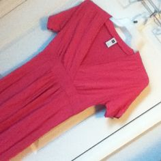 ✨Final Price✨ NWT Long Pink Dress Perfect Condition. Tiny Toothfairy hole where I believe the tag came from, but that's it. Old Navy Dresses