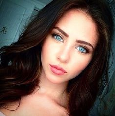 Pretty Girl√.