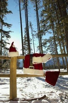 Drying laundry in the sunshine Find more #christmas ideas at https://www.facebook.com/WestTremontHolidayMarket