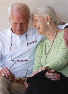 'Joanne hat mir immer eine bedingungslose Unterstützung in allen meinen Entscheidungen und Bemühungen und das schließt mein Rennwagen fahren, die sie bedauert. Für mich ist Liebe.' - Paul Newman