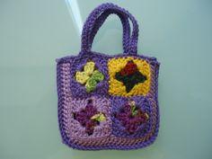 Barbie Granny Square Shopping Tote Bag (Free Crochet Pattern)