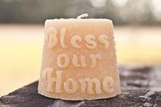 Bénir notre bougie gâteau Maison par HortonsFarm sur Etsy, $12.00