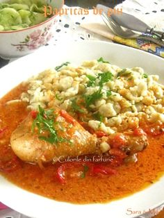» Ostropel cu pui si ciuperciCulorile din Farfurie Romanian Food, Always Hungry, Thai Red Curry, Carne, Deserts, Food And Drink, Bacon, Chicken, Ethnic Recipes