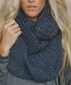 Look what I found on Gray Oversize Chunky Knit Infinity Scarf - Women by Three Bird Nest Fall Fashion Outfits, Fashion Ideas, How To Wear Scarves, Womens Scarves, Autumn Winter Fashion, Winter Style, Passion For Fashion, Knitting, Stylish