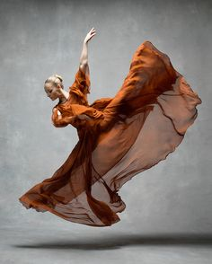 An elegant exploration of movement, the NYC Dance Project photographically presents the beauty and grace of dance. The stunning series began in 2014, when
