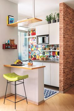 6 Modern Small Kitchen Ideas That Will Give a Big Impact on Your Daily Mood - Ho. , < 6 Modern Small Kitchen Ideas That Will Give a Big Impact on Your Daily Mood - Houseminds - Small Modern Kitchen ,Modern Small Kitchen Design ,Kitche. Quirky Home Decor, Home Decor Kitchen, Kitchen Interior, Home Kitchens, Kitchen Ideas, Decorating Kitchen, Room Kitchen, Kitchen Inspiration, Kitchen Wood