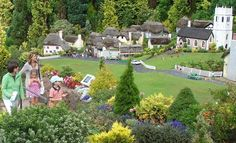 Babbacombe Model Village in Torquay, England | Welcome Family Devon Attractions Guide Attractions A~C | Welcome ...