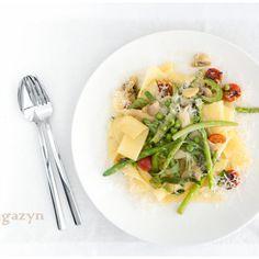i love some classic pasta primavera Italian Dishes, Italian Recipes, Pasta Primavera, Pasta Noodles, Penne, Main Meals, Food Photo, Pasta Recipes, Risotto