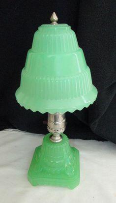 Vintage ART DECO JADEITE GREEN BOUDOIR TABLE LAMP VANITY DRESSER WORKS Exc NR