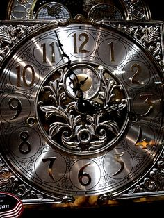 Beautiful Clock (by skalas2, via Flickr)