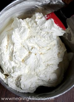 Best Buttercream Frosting Recipe - Meaningfulmama.com