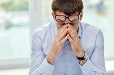 Wer unentwegt Cortisol ausschüttet, hat zu viel Stress - und altert im Zeitraffer. Karrierebibel hat Tipps, wie Sie das Stresshormon senken können ...  http://karrierebibel.de/cortisol/