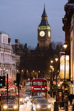 London, Big Ben & Trafalgar Square