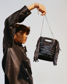 27eade3a78edc M Mini - Collection - Sacs - Maje.com. Sac M Mini en cuir embossé avec  chaine