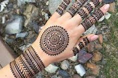 Latest Simple Mehndi Designs, Indian Mehndi Designs, Stylish Mehndi Designs, Mehndi Designs For Girls, Bridal Mehndi Designs, Henna Designs, Henna Mehndi, Mehendi, Tattoos