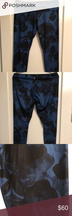 Spotted while shopping on Poshmark: Lululemon Wunder Under Pant! #poshmark #fashion #shopping #style #lululemon athletica #Pants