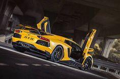 Lamborghini Aventador Rear