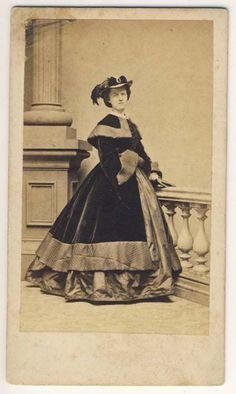 Well Dressed Woman CDV Broadway New York | eBay