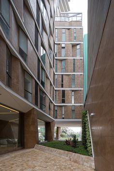Gallery of AVA Building / Marsino Arquitectura - 3