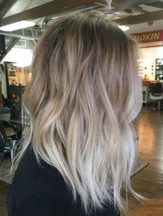 New Ideas Hair Color Balayage Ash Cool Blonde Ombre Hair Color, Hair Color Balayage, Ashy Balayage, Balayage Hair Blonde Medium, Ombre Silver Hair, Medium Blonde Hairstyles, Dark Silver Hair, Fall Blonde Hair Color, Ombré Hair
