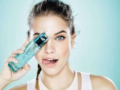 L'Oréal Paris Skincare: Fresh glowing skin in the blink of an eye! 😜 Discover the 🆕 Aloe Water 💙 A liquid care (+ water and - oil than a classic cream☝️) for faster, deeper & long lasting. Barbara Palvin, Blink Of An Eye, Loreal Paris, Glowing Skin, Voss Bottle, Make Up, Skin Care, Water, Instagram Posts