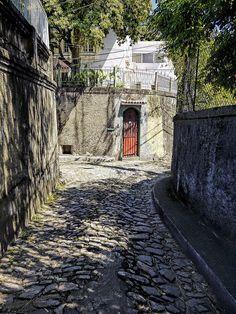 Charmoza até não poder mais...! - Ruas Estreitas - Santa Teresa - Rio de Janeiro - Brasil