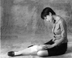 【女優】緒川たまきの着こなし、ファッションスナップ - NAVER まとめ White Knee High Socks, Actresses, Beauty, Female Actresses, Beauty Illustration