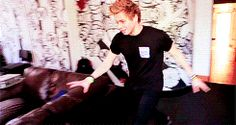 luke hemmings gif | Tumblr Because they say he's 18, but I think he's 7