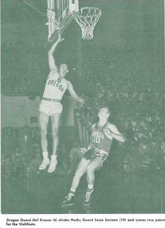 Oregon basketball player Mel Krause takes a shot vs Washington 1951 at McArthur Court. From the 1951 Oregana (University of Oregon yearbook). www.CampusAttic.com