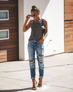Simple Summer to Spring Outfits to Try in 2019 – Prettyinso Simple Summer Outfits, Trendy Fall Outfits, Spring Outfits, Outfit Summer, Tank Top Outfits, Mom Outfits, Cute Outfits, Casual Heels Outfit, Casual Outfits