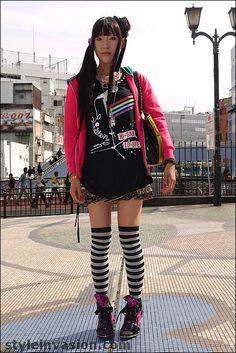 Japanese street fashion (Yokohama, Japan)
