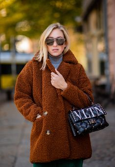 a64c9ebde45 19 Winter Outfit Ideas That ll Get You Through 2018 and Beyond in Absolute  Style