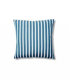 1000 Ideas About Outdoor Pillow On Pinterest Kilim