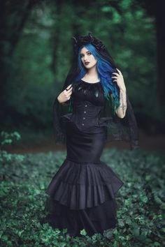 Model: Blue Astrid Photo: Aneta Pawska - Enchanted Stories Corset&skirt: Lady ardzesz corset Welcome to Gothic and Amazing |www.gothicandamazing.org