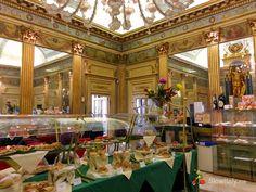 Best historic cafés of Turin Shopping In Italy, Italy History, Italian Pastries, Turin Italy, Pastry Shop, World Traveler, Interior And Exterior, Venice, Colorado