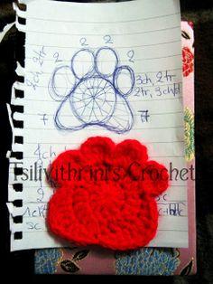 Creative Handmade: Paw crochet applique Clemson Tiger Paw, Crochet Chart, Crochet Motif, Crochet Appliques, Knit Crochet, Crochet Squares, Applique Designs, Crochet Animals, Crochet Projects