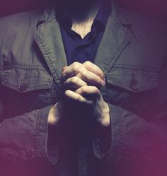 Are Christians Supposed to Be Sinless? Should we aim for perfection, or resign ourselves to a life of sin?  Read more at http://www.relevantmagazine.com/god/are-christians-supposed-be-sinless#4yfY6H5HTiu3OABK.99
