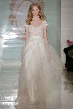 Spring 2015 Wedding Dresses - 15 Designer Wedding Dresses for Spring The first one (seen in picture) is so beautiful!
