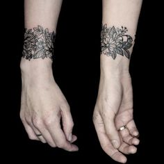 Beautiful flower blackwork bracelet flowers fineline blackwork bracelet YaninaViland