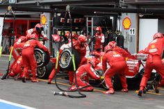 25/08/2013 - Belgian GP - Scuderia Ferrari - Let's go for a flash Pitstop: quick change of tyre and OZ Racing  wheels #OZRACING
