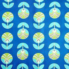 Retro Bloem (op blauw)