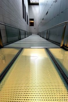 Perforated Metal Flooring - Yingluo Architecture Mesh Co.