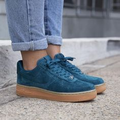 Sneakers femme - Nike Air Force 1 Suede (©hypedc)