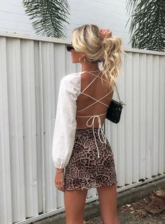 Violetta Top - Violetta Top – Princess Polly USA Source by sydneeglass - Trendy Outfits, Girl Outfits, Cute Outfits, Fashion Outfits, Elegant Summer Outfits, Leopard Outfits, Casual Party Outfits, Sexy Outfits, Women's Fashion