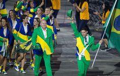 Veja o Brasil de Amapô nos jogos Olímpicos de Toronto 2015, uniforme fashionista e divertido!