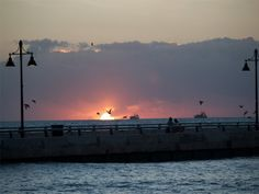Tips on taking Sunrise Photos at White Street Pier, Key West Fl