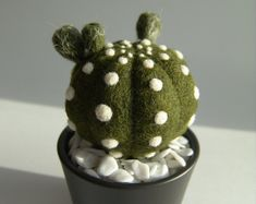 Needle felted cactus. Made from 100% wool, using needle felting technique.  Color: Green Quantity: 1 Height: 4.2 inch. This item is ready to ship.