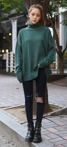 Forest Green sweater #pixiemarket