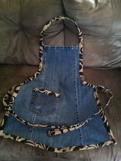 Jean Crafts, Denim Crafts, Sewing Aprons, Sewing Clothes, Jean Apron, Cute Aprons, Denim Ideas, Aprons Vintage, Recycled Denim