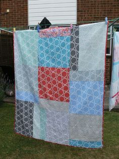 "Wonderful modern quilt made by Rachel from Contented. Lovely hand quilting and ""The rest was ""organic"" straight line machine quilted using an off white ‪#‎Aurifil‬ thread.""  To see more please visit http://contented.typepad.co.uk/contented/2013/07/ta-daa.html"